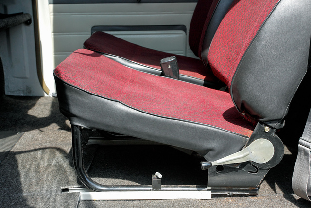 Kevés 601 S készült bordó kárpittal, a szürke és a barna volt a gyakoribb