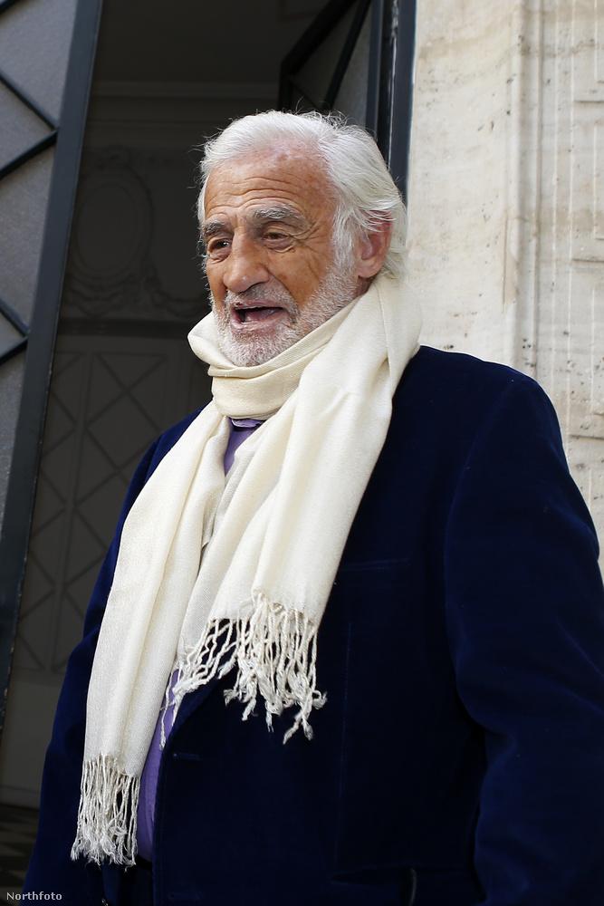...aki már a 70-es évek végén is nagyon öregnek nézett ki, szóval az, hogy 82 évesen így néz ki, igazából elég nagy teljesítmény