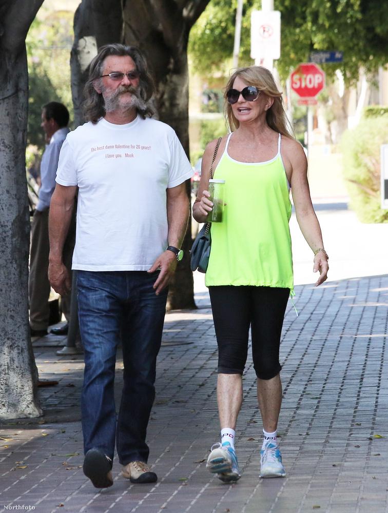 Két mell között pedig örüljön Goldie Hawn és Kurt Russell szerelmének!Cukik.