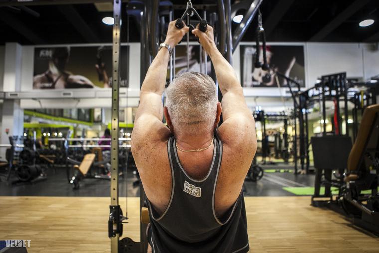 Még, hogy nem lehet 50 év felett életmódot váltani, egészégesen táplálkozni, mozogni, súlyzózni