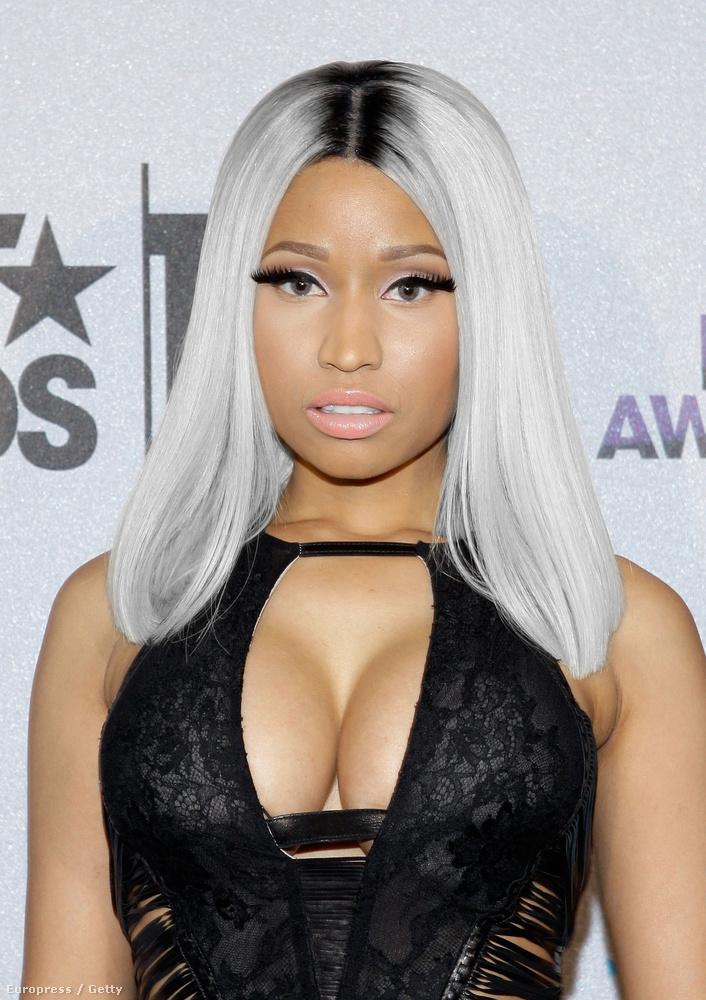 Nicki Minajnak meg nem mindegy? Úgyis mindig kirakja a testrészeit, akkor meg édesmindegy a hajszíne