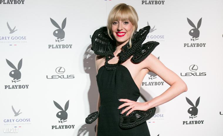 Horányi Juli énekesnő, versenyző az X-faktorból