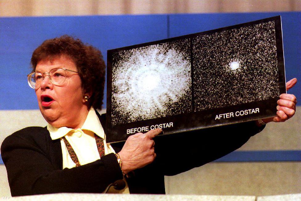 Szerencsére a Hubble esetében a hiba nem volt végzetes: bár a kongresszus először egy centet sem akart adni a javításra, azért 3 év alatt csak összehozták a megoldást a NASA szakemberei. A COSTAR nevű segédműszer összefogta a fénysugarakat, és olyan képek kezdtek el jönni az űrből, hogy hirtelen senkinek nem jutott eszébe azt mondani, hogy helló, arról volt szó, hogy nem lesz javítás.  A javítás 1993. december 9-n történt meg, a NASA pedig 1994. január 13-án közölte az első olyan képet, ahol már nem volt semmilyen hiba, és a Hubble végre azzá a teleszkóppá vált, amelynek eleve tervezték.