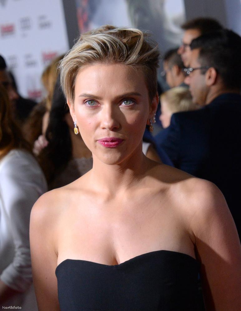 Scarlett Johansson április 14-én elment a Bosszúállók új részének bemutatójára Los Angelesben.