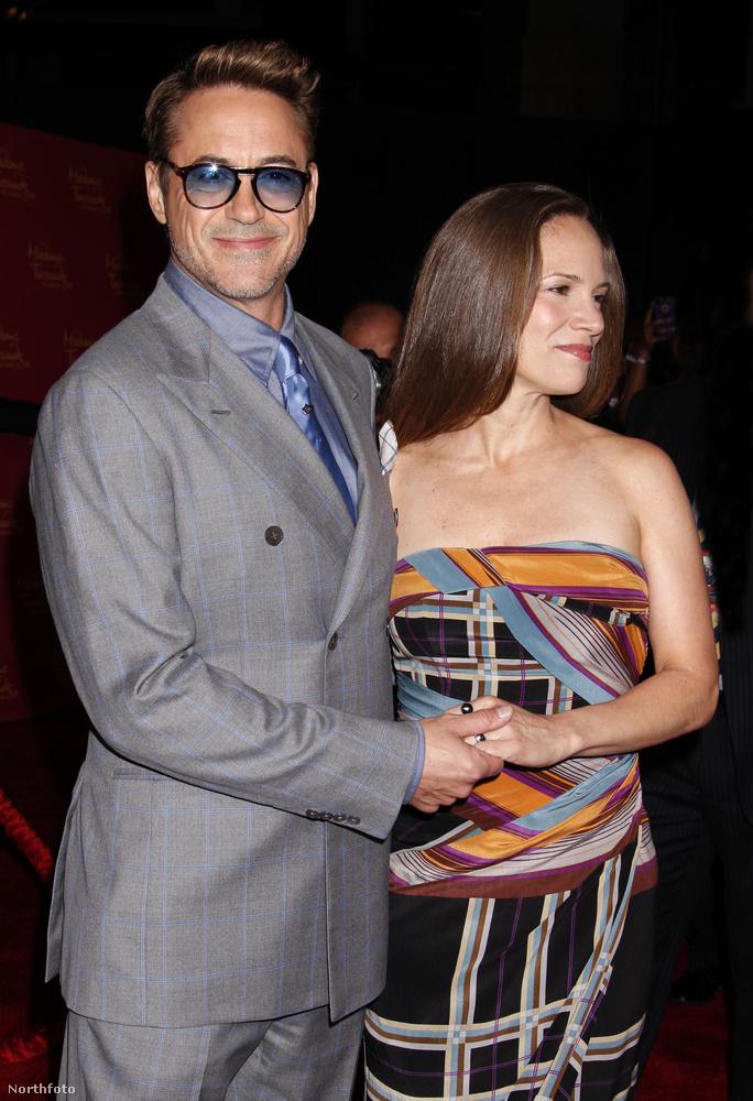Itt feleségével, Susan Downey-val látható.