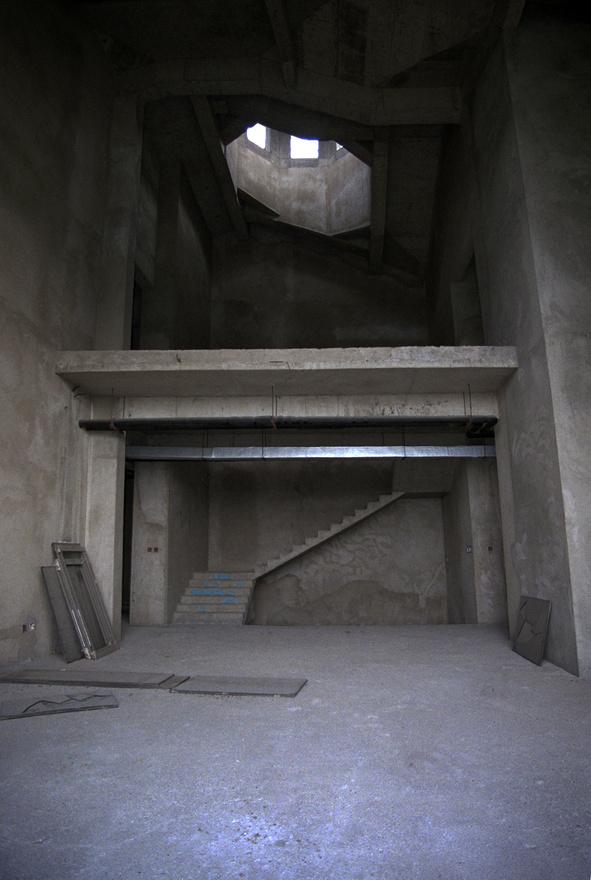 A belmagasság nagy, a nappalikban akár 10 méter is lehet.
