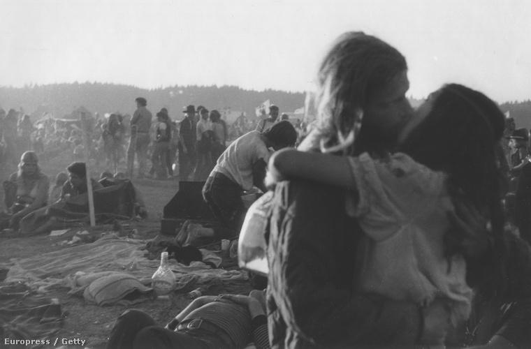 Mint a legelső, ez a kép is 1969-es, a helyszín azonban a Sky River Rock Festival and Lighter Than Air Fair nevű rendezvény volt