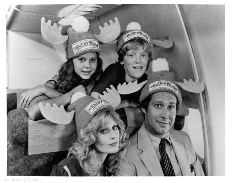 Audrey GriswoldGriswoldék lányát ahány rész volt, annyian játszották, ugyanúgy, ahogy Rustyt, a család fiát