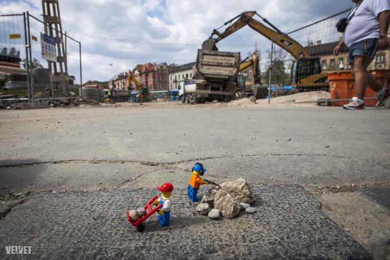 Lego-munkásainkat kivittük a problémás helyekre, pl