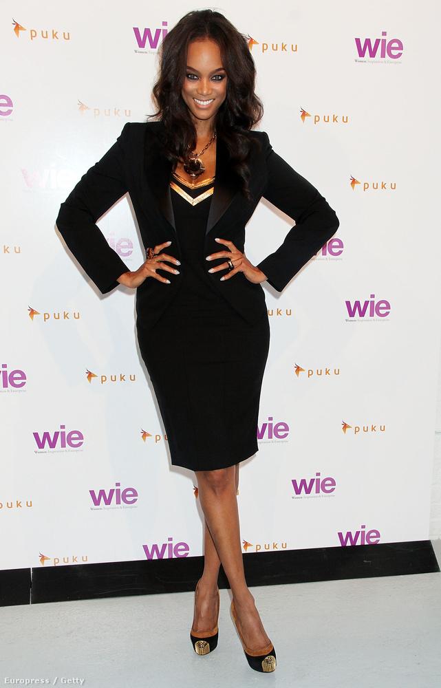 Tyra Banks valaha vékony volt, most inkább már a nőies formáival hódít.