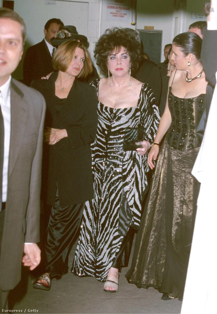Carrie Fisher és Elizabeth Taylor a 11