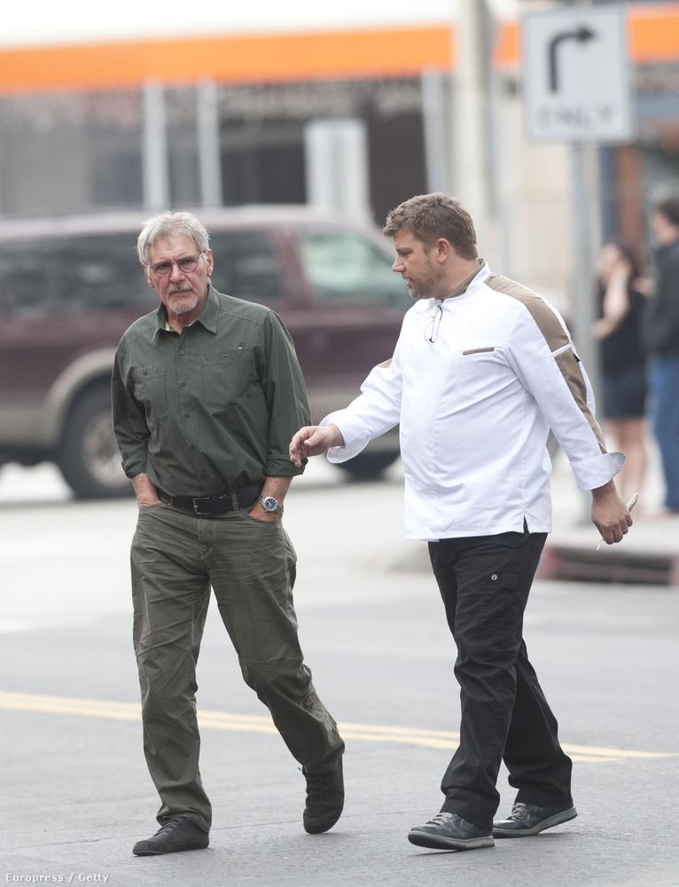 Kicsit megnőtt Harrison Ford fia, Benjamin Ford és az apja 2014-ben sétált a Los Angeles-i utcákon.