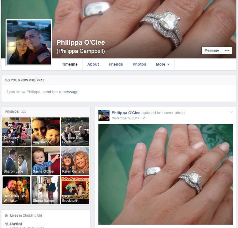 A második feleség Facebook-oldala. A férjet valaki betaggelte egy videón, így az első feleség megtalálta riválisát a közösségi internetekben, ahol manapság már szinte lehetetlen titkot tartani