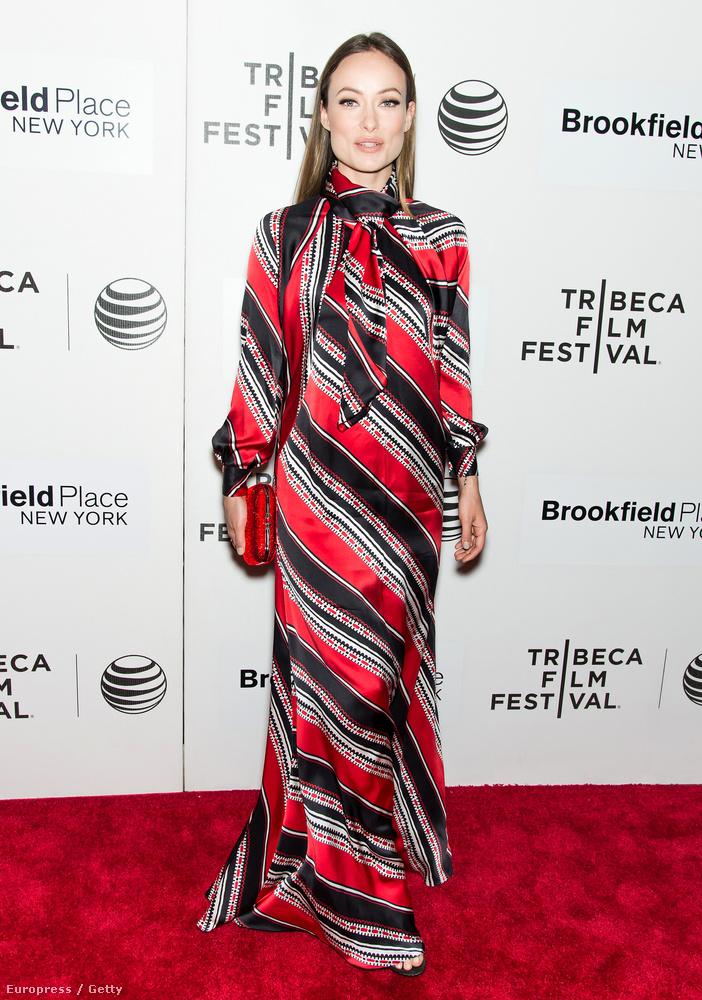 Olivia Wilde is megmutatta magát a Tribeca vörös szőnyegén
