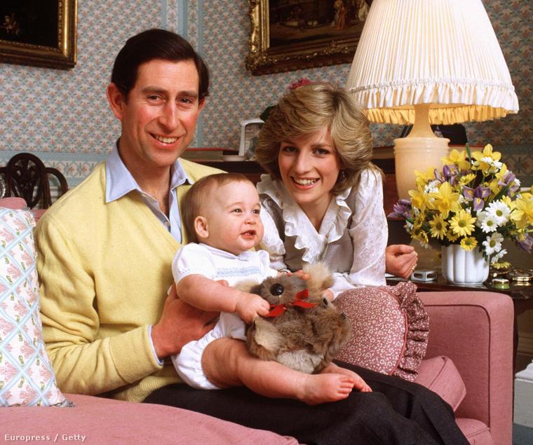 Most, hogy pillanatokon belül megszületik Katalin hercegné második gyereke, aki sorrendben a negyedik lesz a brit trónörökösök listáján, ideje megnézni, hogy nézett ki csecsemőkorában a többi a brit királyi méltóság