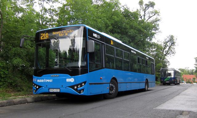 Napjaink Ikarusa a V127. Az újabb gyártású buszokról eltűnik az Ikarus logó