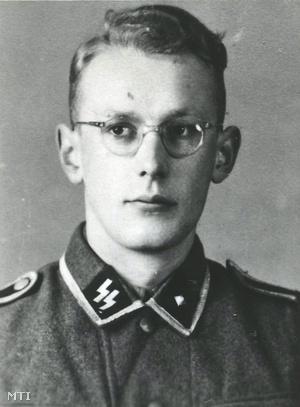 Az auschwitz-birkenaui koncentrációs tábor múzeuma által közreadott kép Oskar Gröningről