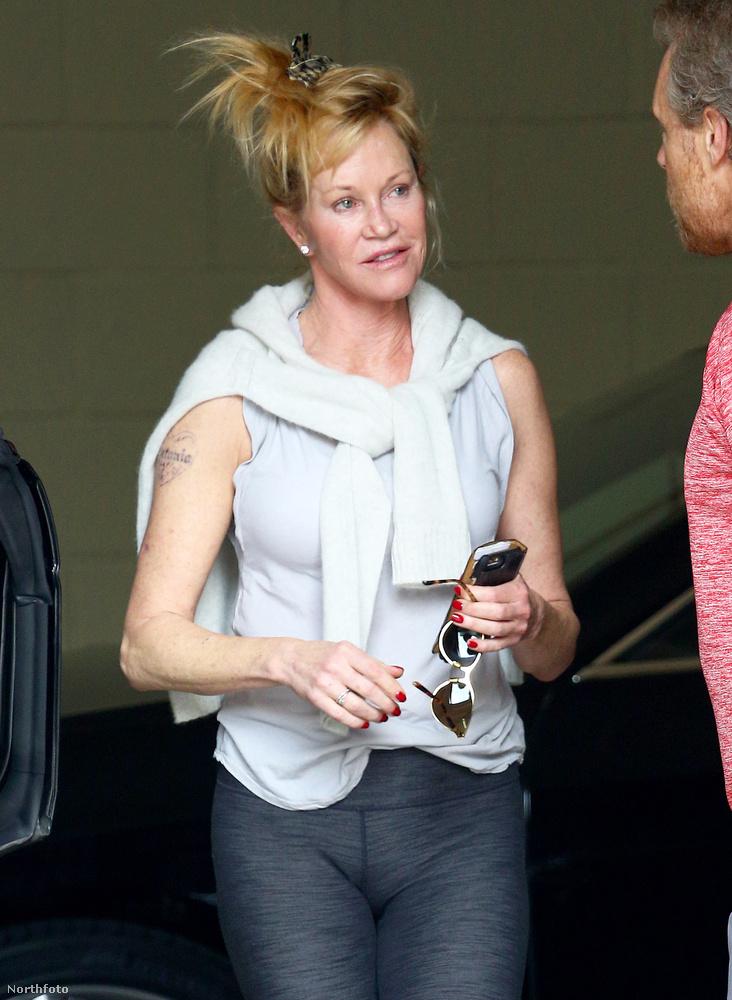 Szoros volt a verseny Melanie Grifftith-tel, de végül Johansson nyert