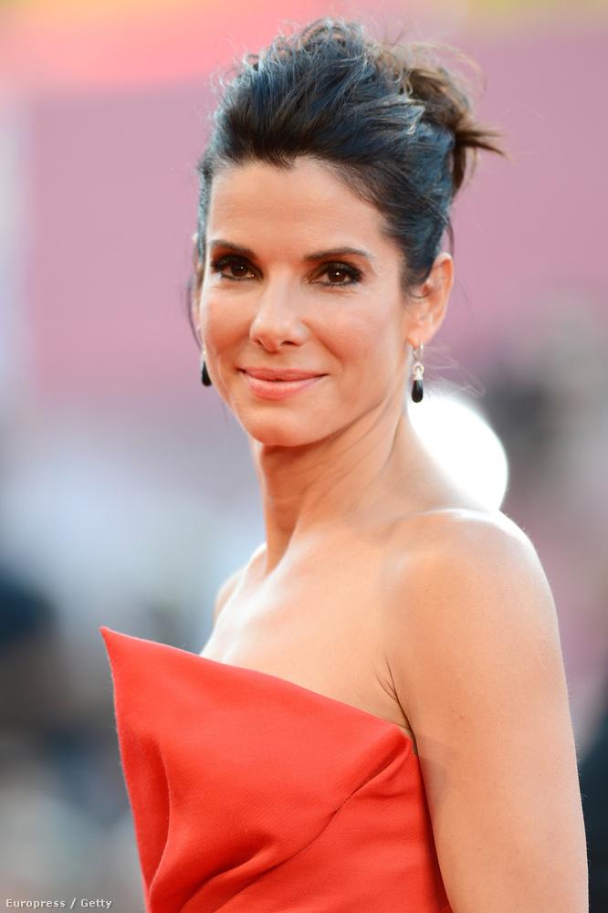 A People magazin Sandra Bullockot választotta idén a világ legszebb nőjének
