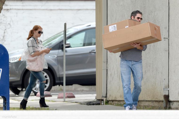 De más is szokott cipekedni: például ez az úr itt, akit Darren Le Gallónak hívnak, és Amy Adams színésznő férje