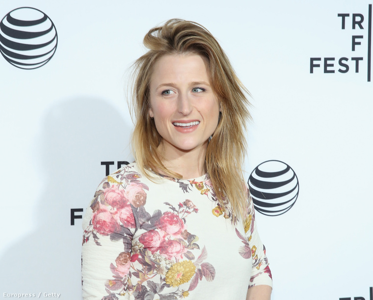 Ő itt nem Meryl Streep furcsán fiatalosan, hanem az idén 32 éves lánya, Mamie Gummer a Tribeca filmfesztiválon néhány nappal ezelőtt.