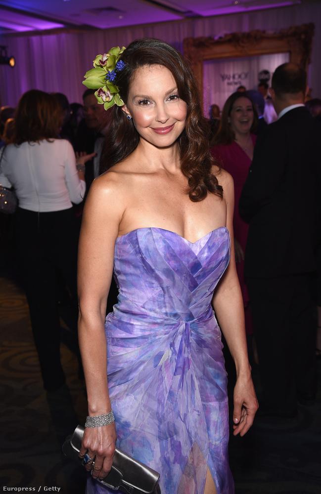 Ashley Judd 47 éves, és nem öregszik.