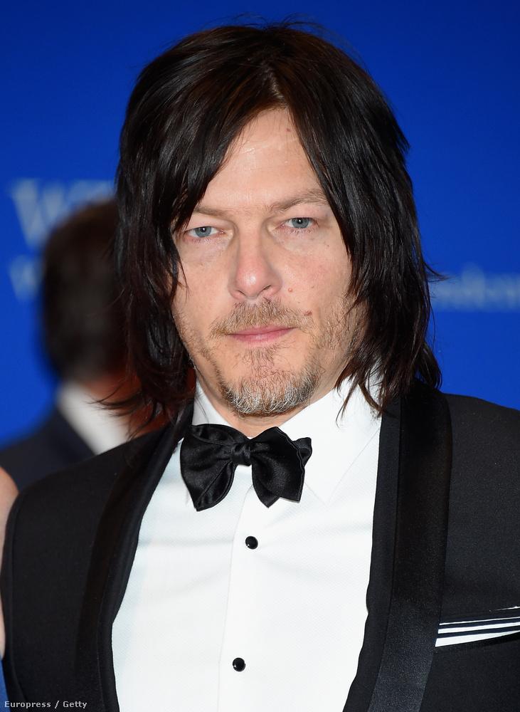 Norman Reedus, a Walking Dead színésze valószínűleg festi a haját.