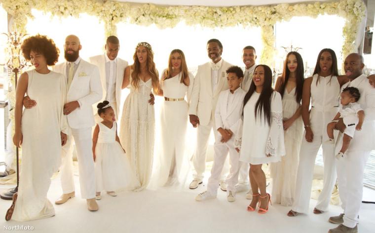 Itt az egész násznép Tina Knowles és Richard Lawson esküvőjéről