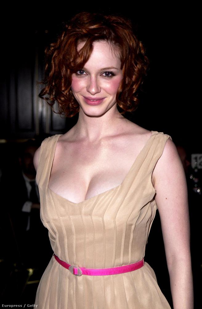 Például hogy eredetileg nem is vörös, hanem szőke, és 10 éves kora óta festi vörösre a haját