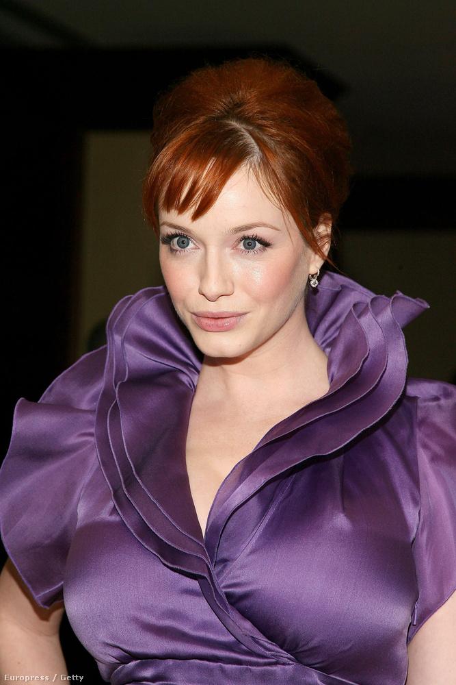 Az FHM A világ 100 legszexibb nője listáján csak a 89.helyezést érte el 2012-ben