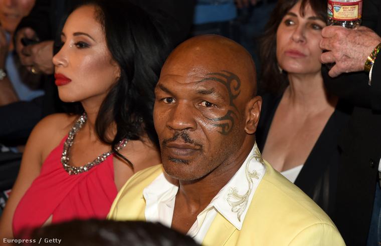 Oké, Mike Tyson tényleg nem hiányozhat egy ilyen eseményről