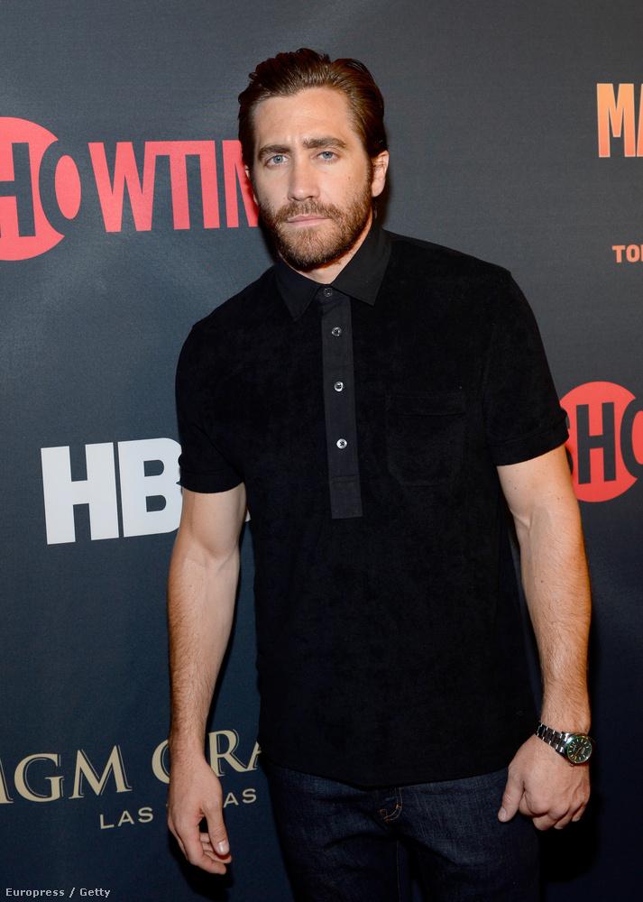 Ahhoz képest, hogy múltkor rácsodálkoztunk, hogy Jake Gyllenhaal testére, most nem tűnt olyan nagydarabnak