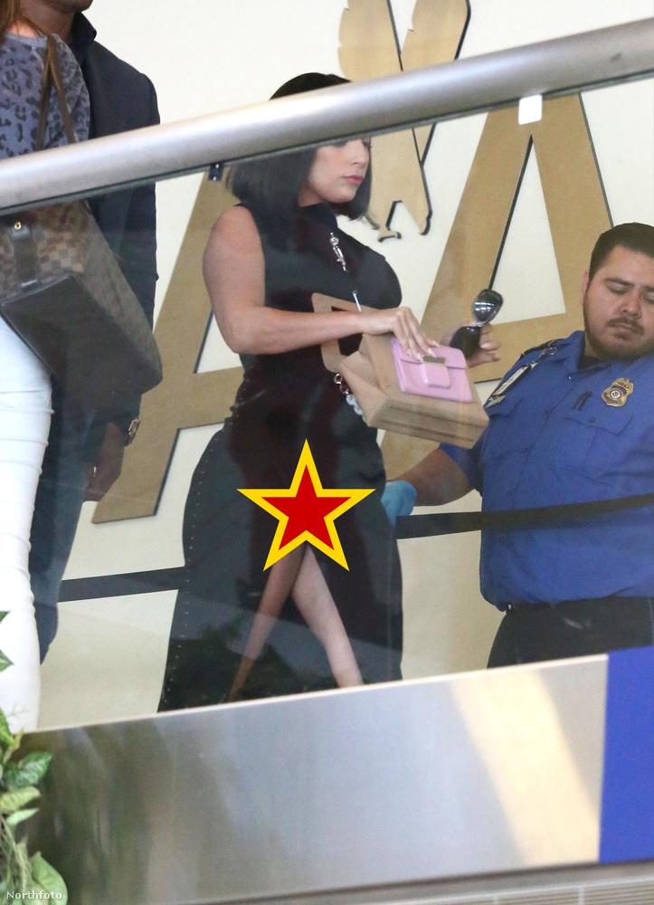 Amíg az érettségizők épp a magyar írásbeli felett izzadnak, ön pont meg tudja nézni, hogy Lady Gaga mit villantott ki a szoknyája alól a Los Angeles-i reptéren.