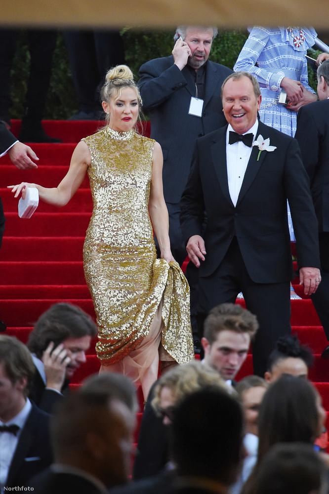 Kate Hudson színésznő sincs elragadtatva ettől a lépcsőzés nevű dologtól.