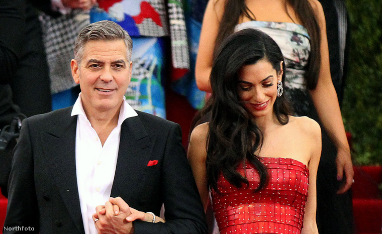 George Clooney tényleg boldog, hogy hazamehet.