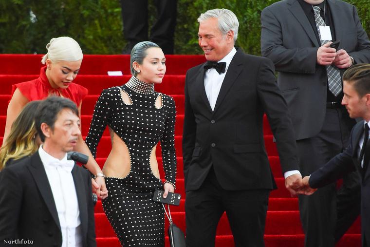 Ez az úr mondjuk eléggé örült, hogy Miley Cyrus az útjába toppant