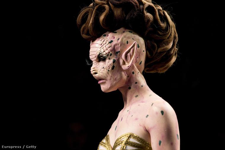 Ezt a modellt Voldemort biztos egész szexinek találná