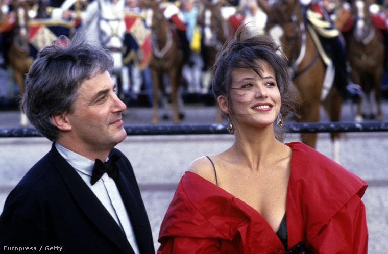 1987Ekkor már két éve együtt volt  Andrzej Żuławski rendezővel, tőle gyereke is született