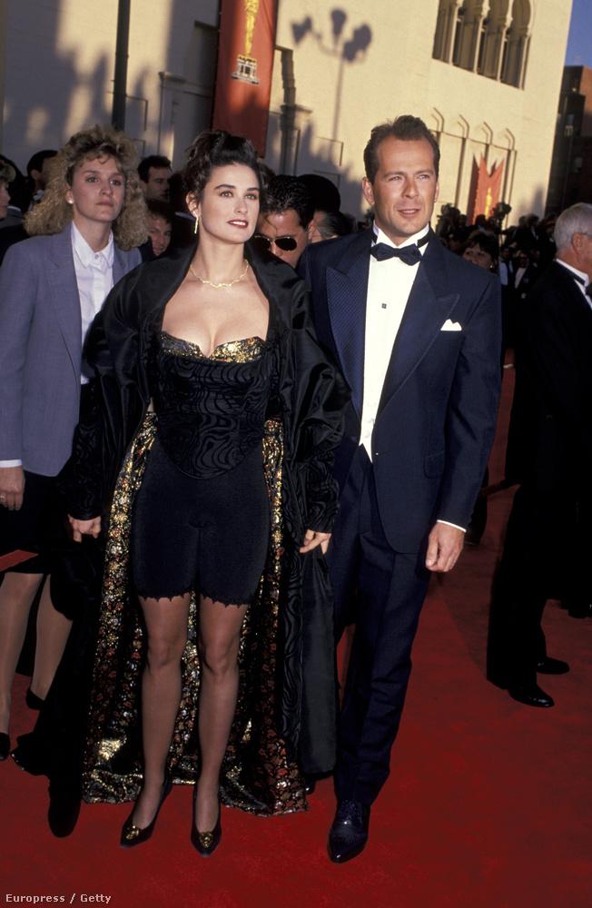 Bezzeg 1989-ben, hogy feszített már Bruce Willis mellett, az akkori Oscaron!