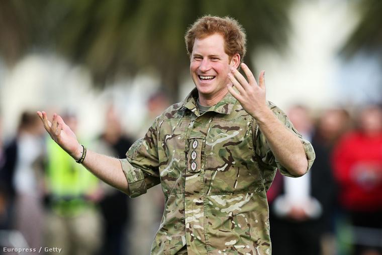 Harry herceg Új-zélandon hercegeskedik már napok óta, és rengeteg csodálatos program keretén belül mutatja meg a világnak, hogy nincs nála szórakoztatóbb és tökéletesebb férfi.