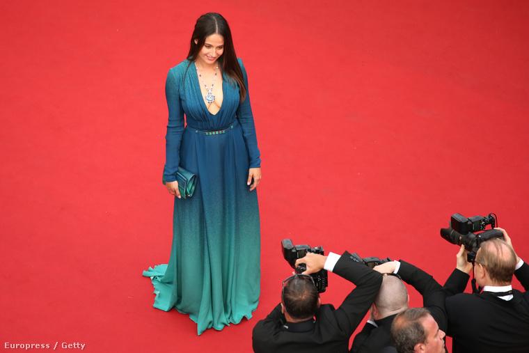És nézze meg ezt a belga színésznőt, Marie Gillaint