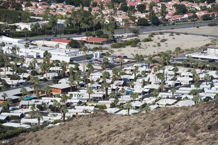 Kaliforniában és az USA több déli államában akkora szárazság van évek óta, hogy ha jövőre nem lesz rendesen csapadék, hatalmas területek sivatagosodhatnak el, Kaliforniában már csak egy évre elegendő víztartalék van.