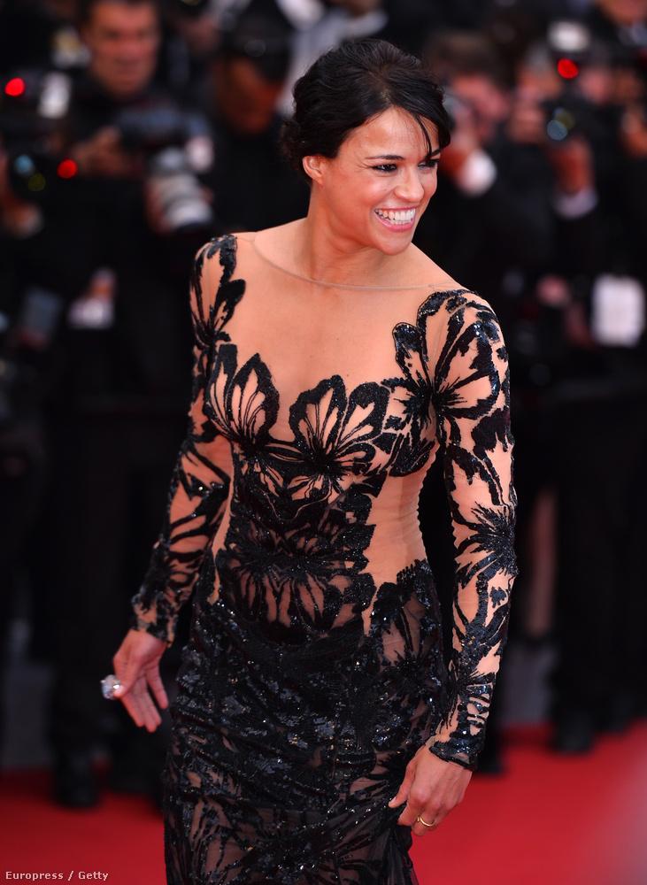 Michelle Rodriguez meg baromi nőies