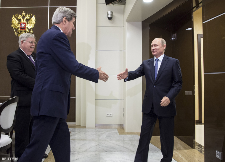 John Kerry és Vlagyimir Putyin Szocsiban