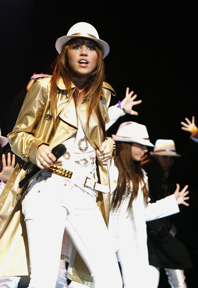 Egy 2008-as kép Cyrusról