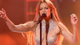 Jennifer Lopez tizenöt év alatt alig változott