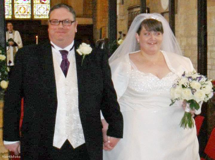 Az esküvőn ketten együtt 348 kilót nyomtak