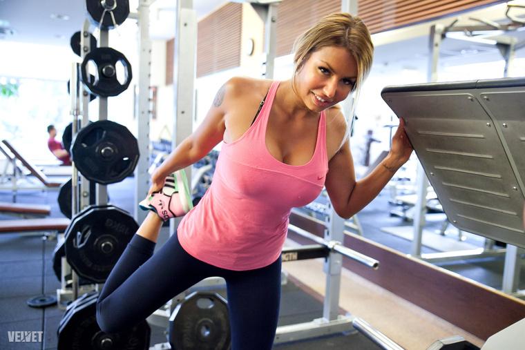 A modell az Oxygen Wellnessben igyekszik megszabadulni súlyfeleslegétől, amit még a villában hozott össze