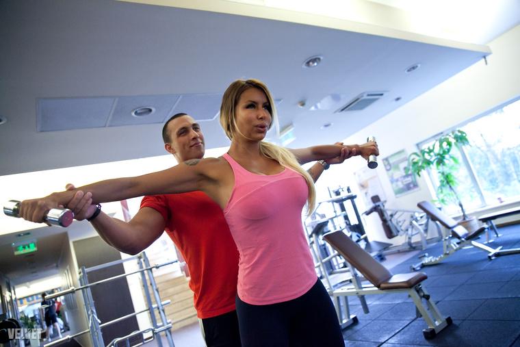 Az edzés mellett diétázik is, már amikor sikerül
