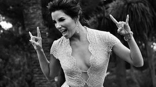 Eva Longoria és a mellei nagyon jól érzik magukat Cannes-ban